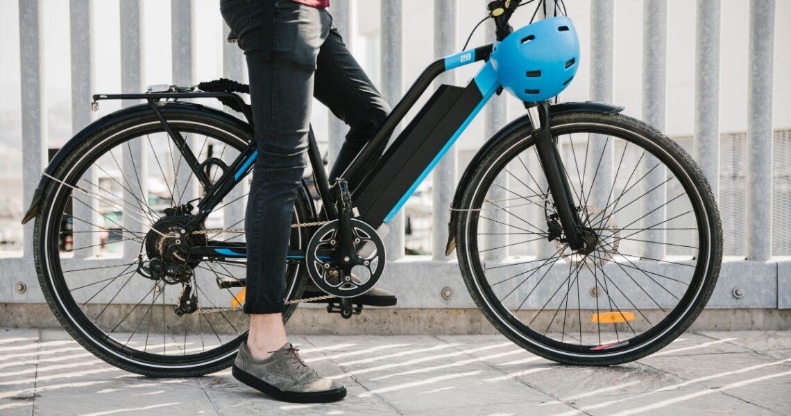 Hvad er en elcykel? 4 facts om elcykler