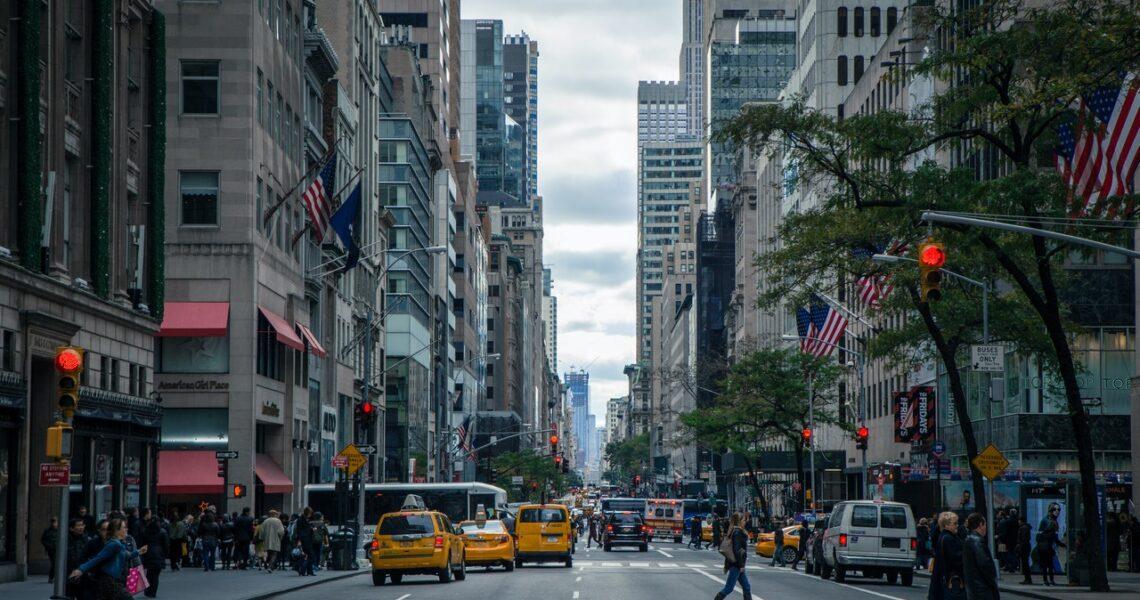 Valg af gadeskilt: 4 tips til valg af dit nye gadeskilt